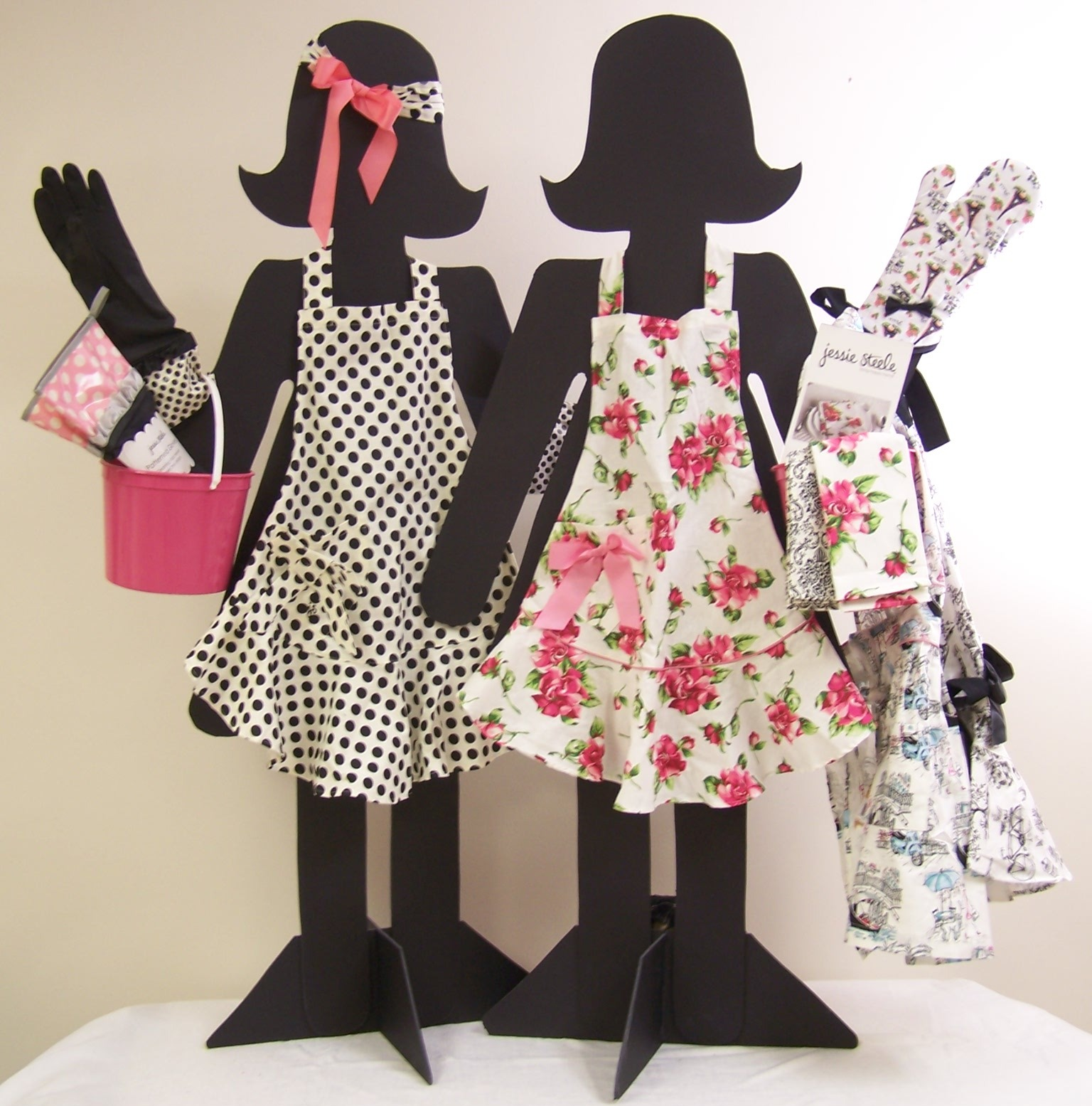 Doll-lightful Models: How to Create Your Own Playful Doll Display